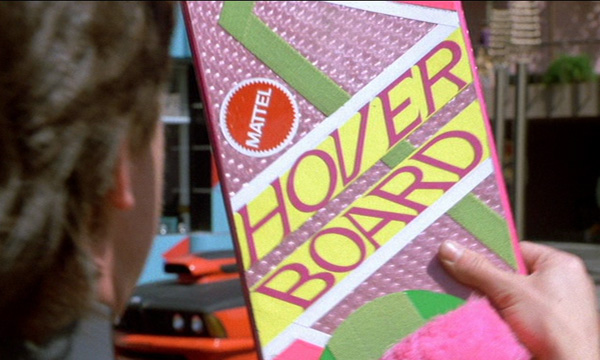 Marty McFly y su Hoverboard de Mattel.