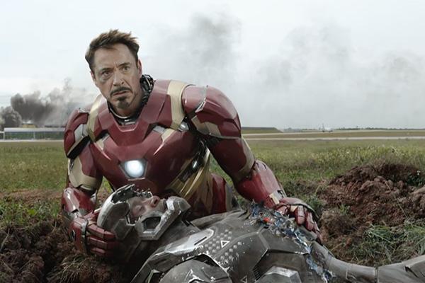 "Iron Man y War Machine en ""Captain America: Civil War""."