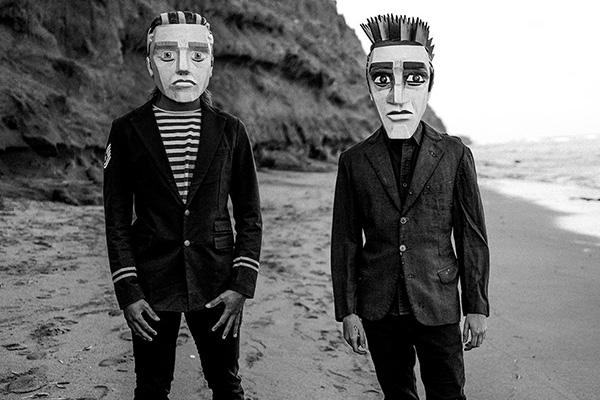 Los hermanos Clementi: Solo y Juan.  Foto: @lfcoficial/Twitter.