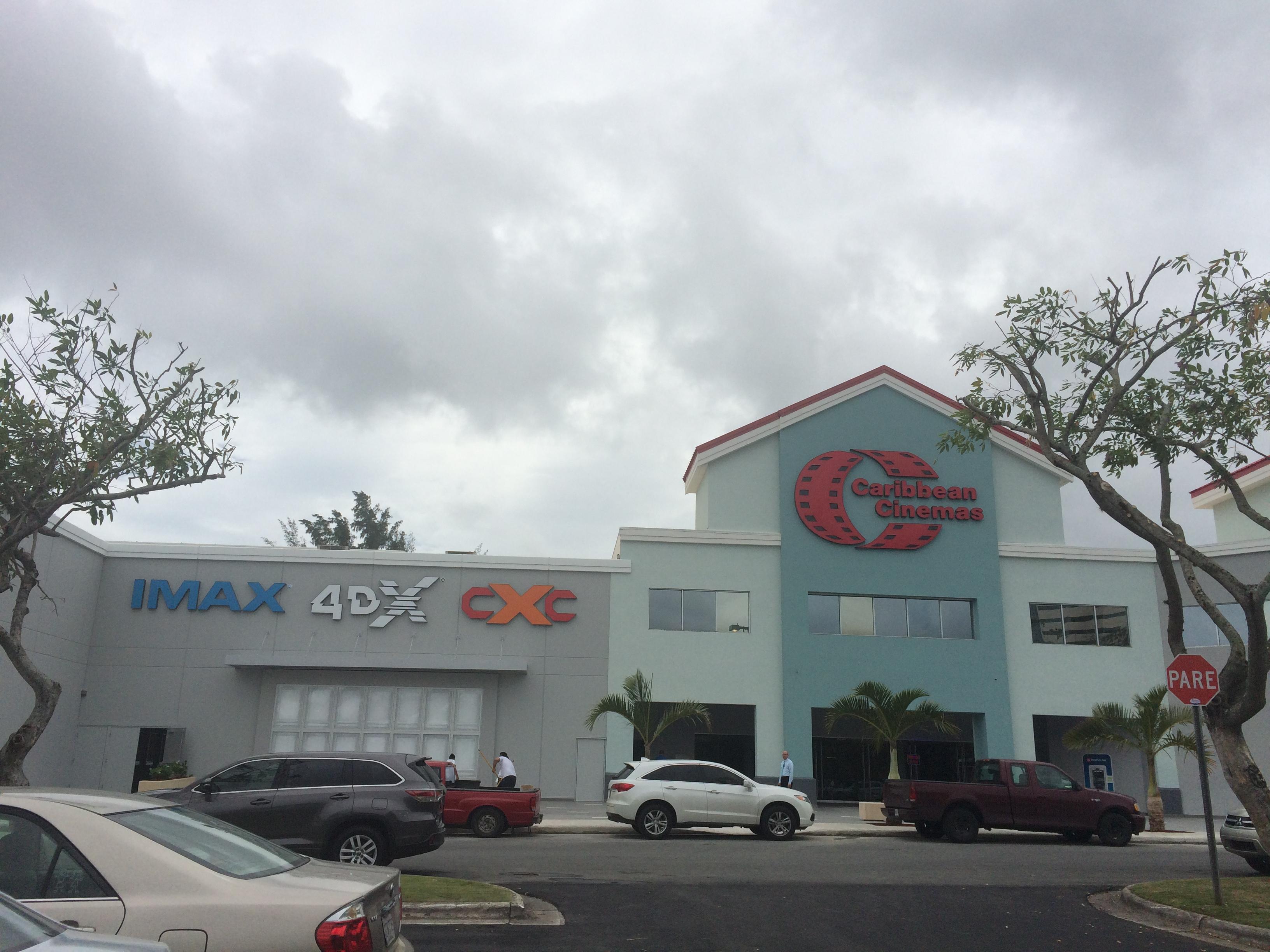 caribbean-cinemas-fachada