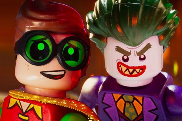 """Michael Cera es Robin y Zach Galifianakis es Joker en """"The LEGO Batman Movie""""."""